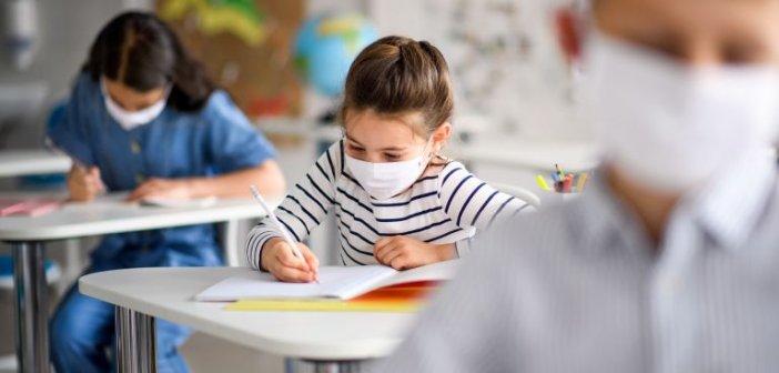Υπεγράφη η απόφαση για μάσκες σε μαθητές και καθηγητές – Στα 6,2 εκατ. ευρώ το κονδύλι