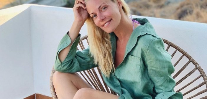 Ζέτα Μακρυπούλια: Σε αυτό το νησί περνάει τις τελευταίες μέρες του καλοκαιριού! Φωτογραφίες