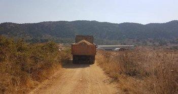 Ξηρόμερο: Συντήρηση αγροτικών δρόμων στον Κάμπο Αγραμπέλου – Χρυσοβίτσας