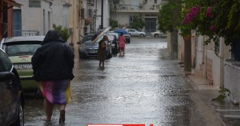 Πλημμύρισε το Μεσολόγγι από έντονη βροχόπτωση (ΦΩΤΟ)