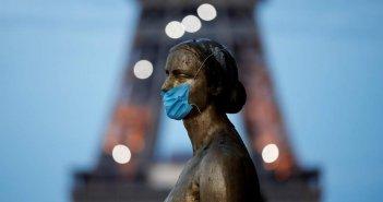 Η απειλή νέου lockdown φέρνει αυστηρά μέτρα παγκοσμίως