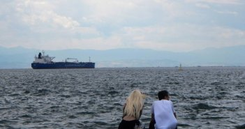Καιρός: Λίγες νεφώσεις, σκόνη και ισχυροί άνεμοι στο Αιγαίο