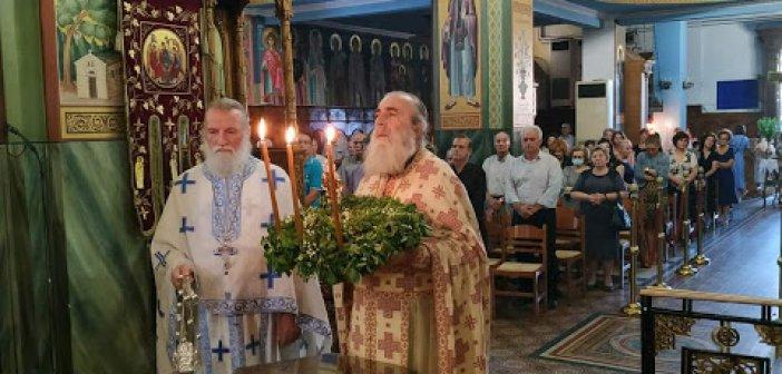 Αγία Τριάδα Αγρινίου: H εορτή της Παγκοσμίου Υψώσεως του Τιμίου και Ζωοποιού Σταυρού στην ενορία μας