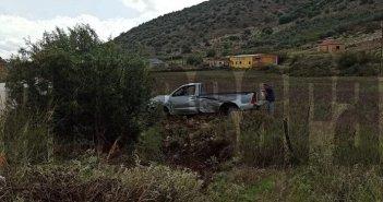 Άγιο είχε οδηγός αγροτικού στην Αμφιλοχία, που έχασε τον έλεγχο και βγήκε εκτός δρόμου