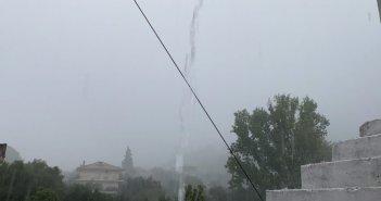 Ισχυρή βροχόπτωση αυτή την ώρα στην Ναυπακτία (Βίντεο)