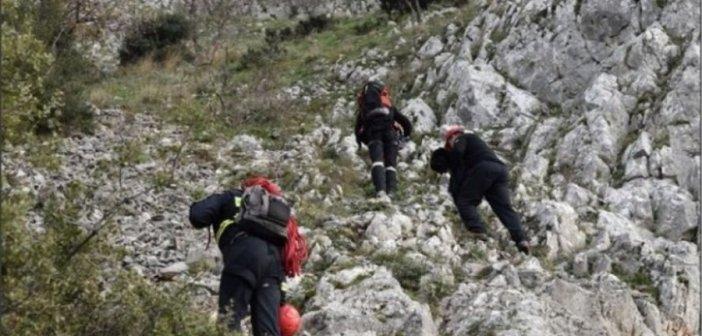 Εγκλωβισμένος και τραυματισμένος ορειβάτης στην Βαράσοβα