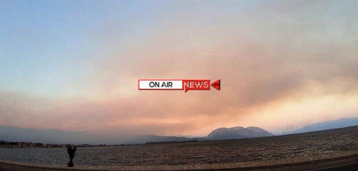 Σκέπασε το Μεσολόγγι ο καπνός της φωτιάς στο Τρίκορφο (ΦΩΤΟ)