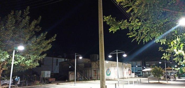 Αντικατάσταση φωτιστικών σωμάτων στις πλατείες Καινούργιου και Παναιτωλίου