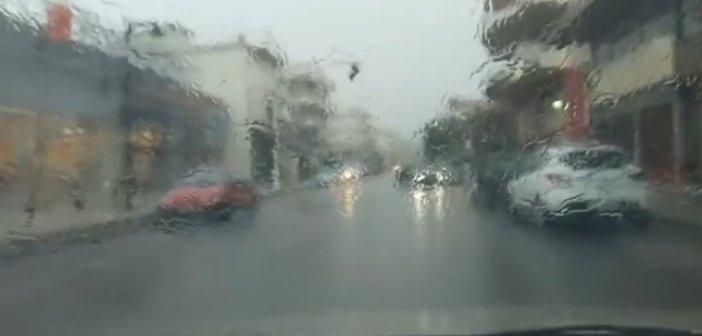 """Ο """"Ιανός"""" στο Αγρίνιο νωρίς το πρωί (VIDEO)"""