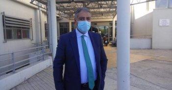 Έμαθε από το διαδίκτυο ότι υπήρχε διασωληνωμένος εκτός ΜΕΘ στο Αγρίνιο, ο διοικητής της 6ης ΥΠΕ