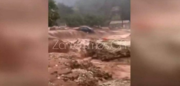 Βίντεο σοκ στην Κεφαλονιά: Αυτοκίνητο παρασέρνεται από χείμαρρο και θάβεται στα λασπόνερα