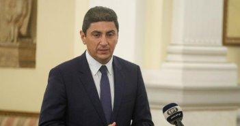 Απαισιόδοξος ο Αυγενάκης για… άμεση παρουσία φιλάθλων στις εξέδρες