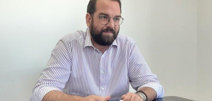Δήλωση Περιφερειάρχη Νεκτάριου Φαρμάκη για την επίθεση κατά δημοσιογράφου και εικονολήπτη