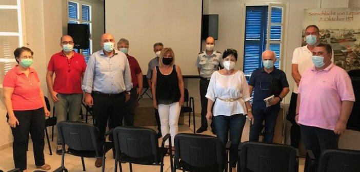 Ενημερωτική συνάντηση στη Ναύπακτο για τα μέτρα κατά του κορωνοϊού με πρωτοβουλία της Αντιπεριφερειάρχη
