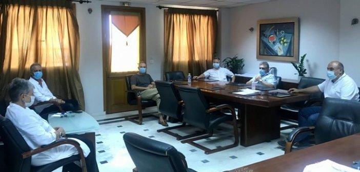 Ναύπακτος: Σύσκεψη υπό τον Δήμαρχο Βασίλη Γκίζα με τους φορείς υγείας