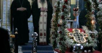 Υποδοχή Τιμίου Ξύλου στο Κεφαλόβρυσο για τον εορτασμό του Αγίου Γερασίμου(ΡΩΤΟ)