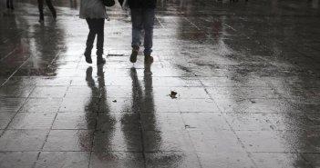 Κακοκαιρία «Κίρκη»: Συνεχίζονται οι βροχές και καταιγίδες – Πότε εξασθενούν τα φαινόμενα
