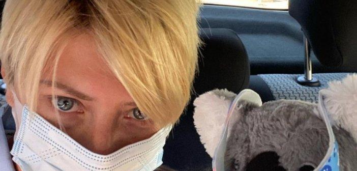 Σία Κοσιώνη: Αυτό είναι το πρόβλημα που αντιμετωπίζει με τη μάσκα προστασίας