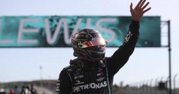 Formula 1: Ο Χάμιλτον ξεπέρασε τον Σουμάχερ -Εγινε ο κορυφαίος όλων των εποχών!