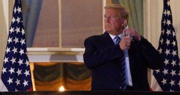 Κορωνοϊός – Τραμπ: Πίσω στο Λευκό Οίκο ο Αμερικανός πρόεδρος – Έγινε «θαύμα» ή ήταν όλα ένα σόου;