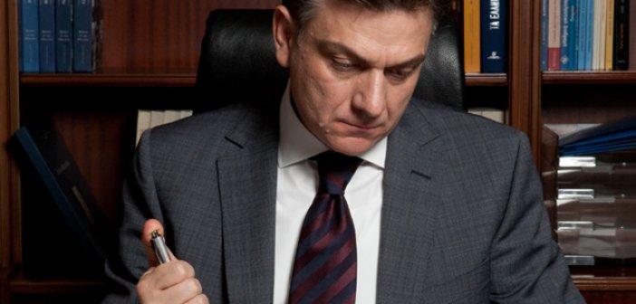 Θ. Μωραΐτης: «Η Κυβέρνηση καταδικάζει την αγορά σε ακόμα περισσότερα λουκέτα»