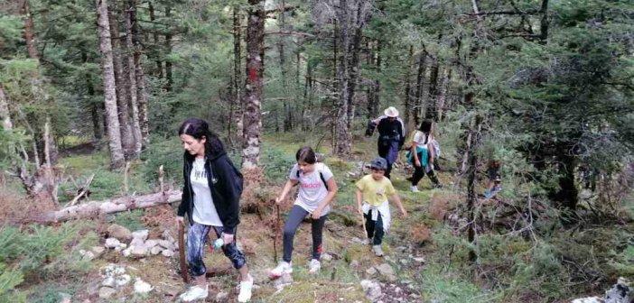 Ορεινή Ναυπακτία:Μεγάλη συμμετοχή στην πεζοπορία από Πόδο μέχρι Τσακαλάκι