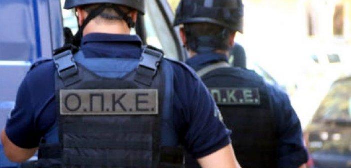 Ναύπακτος: Σύλληψη άνδρα για παράνομη κατοχή όπλου