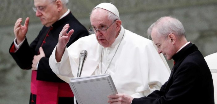 Ιστορία! Ναι από τον Πάπα Φραγκίσκο στα σύμφωνα συμβίωσης ομοφυλόφιλων
