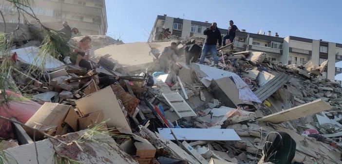 Σεισμός: Αυξάνονται συνεχώς οι νεκροί στη Σμύρνη – Πάνω από 200 τραυματίες (pics, video)