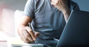 Οι αλλαγές στην αγορά εργασίας: Τι ισχύει για υπερωρίες, άδειες, ρεπό και αργίες