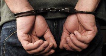 Αγρίνιο: Σύλληψη δύο ανδρών για ναρκωτικά και λόγχη