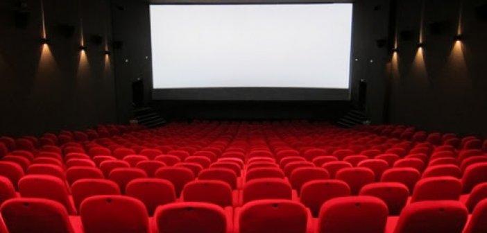 Το Δημόσιο θα αγοράζει τις κενές θέσεις σε θέατρα, σινεμά και ΚΤΕΛ -Έρχεται ρύθμιση