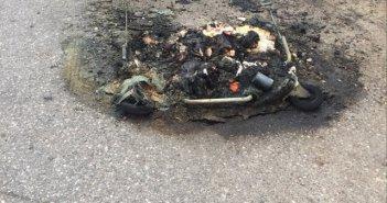 Έναν ακόμη κάδο ανακύκλωσης έκαψαν χθες βράδυ άγνωστοι