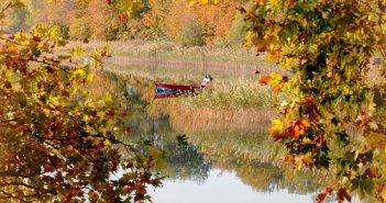 Λίμνη Τριχωνίδα: Μαγευτικές εικόνες σαν πίνακες ζωγραφικής
