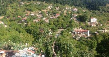 Νόστιμο,το γραφικό χωριουδάκι της Ευρυτανίας κρυμμένο μέσα στα έλατα(Video)