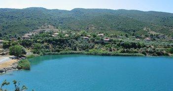 Λίμνη Αχελώος: Μπαμπαλιό ένας μαγευτικός τόπος (VIDEO)