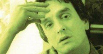 Δημήτρης Ψαριανός: Πέθανε ο τραγουδιστής που ερμήνευσε τον «Μεγάλο Ερωτικό»