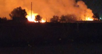 Φωτιά στον Λάππα Δυτικής Αχαΐας -Οι φλόγες δίπλα σε στάβλο [βίντεο]