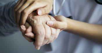 Δυτική Ελλάδα: Συγκινεί το γράμμα της ηλικιωμένης σε γιατρούς και νοσηλευτές: Ψηλά το κεφάλι, θα φύγει και ο κορωνοϊός