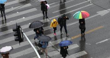 Καιρός: Χαλάει ο καιρός σήμερα – Βροχές, καταιγίδες και χιονοπτώσεις