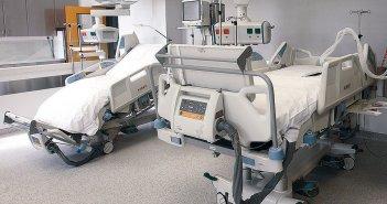 Μαξίμου: Αορίστου χρόνου όλοι οι γιατροί στις ΜΕΘ