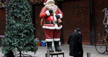 Κορονοϊός: Χριστούγεννα όπως Πάσχα, χωρίς μετακινήσεις από νομό σε νομό