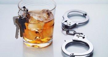 Αγρίνιο: Ενεπλάκη σε τροχαίο και συνελήφθη για μέθη