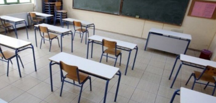 Άνοιγμα σχολείων: Το ενδεχόμενο παράτασης του lockdown και τα έξυπνα τεστ στους μαθητές