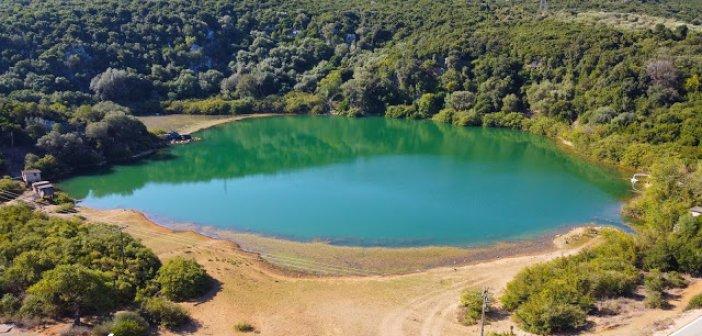 Βόνιτσα: Η όμορφη λίμνη στα Λειβαδάκια
