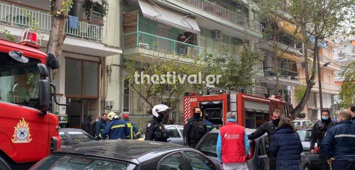 Τραγωδία στη Θεσσαλονίκη: Φωτιά σε διαμέρισμα, νεκρός 16χρονος