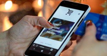 Παπαθανάσης: Νέα προγράμματα για τη δημιουργία e-shop – Επιχορήγηση έως 30.000 ευρώ