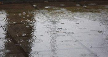 Καιρός: Βροχές και καταιγίδες σε όλη τη χώρα και χιόνι στα ορεινά