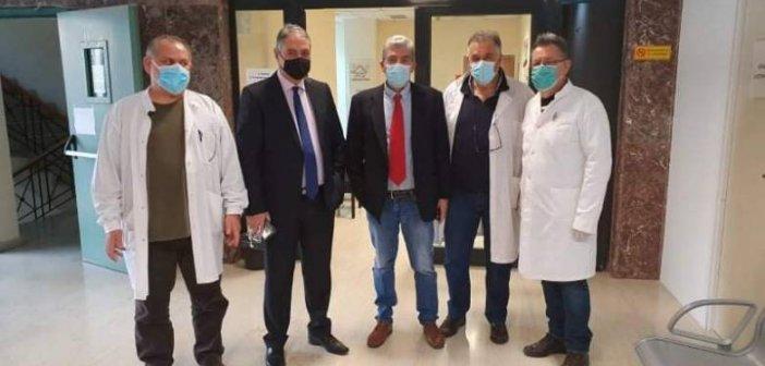 Δυτική Ελλάδα: Ξεκινούν οι δοκιμές λειτουργίας των εμβολιαστικών κέντρων – Επίσκεψη Καρβέλη στο ΚΥ Βορείου Τομέα(Φώτο)