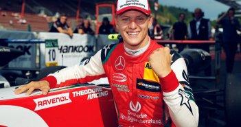 Η οικογένεια Σουμάχερ επιστρέφει στη Formula 1 – Υπέγραψε στη Haas ο Μικ